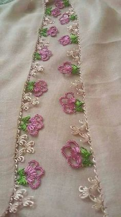 This Pin was discovered by Ays Crochet Borders, Floral Tie, Crochet Edgings