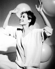 2018/04/04 09:25:37 Very short hair. If it works on her, why not on me?! #christyturlington #arthurelgort #veryshorthair #pixie #shavedhead #shavedheadgirl #turbanornotturban #turban #hat #fashion #instafashion #fashiondiaries #whynotonme #Idecide #lifeisnotastraightline #itsmylife #liveinthepresent #vivalavida #strongerthanthat #fighttowin #cancerfighter #breastcancerfighter #breastcancer #cancersucks #cancerinstyle #choosehappiness #notlessofawoman #nevergiveup #thereisalwaysbluesky #hkig