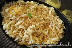 Quem conhece o Arroz com Aletria ou Arroz Árabe? É um prato levíssimo, com ingredientes fáceis de encontrar e super fácil de fazer!  Veja receita aqui => http://www.gulosoesaudavel.com.br/2012/04/02/arroz-aletria-arroz-arabe/