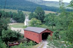 The covered bridge at West Arlington, on the Batten Kill, Vermont, USA