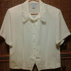 Vintage ivory blouse Ivory blouse / pearl buttons w/lsce and pearl trim ship and shore Tops Blouses