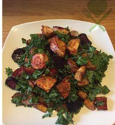 Opskrift på lun rodfrugtsalat med hoisinsauce på Facebook nu 😋👆🏻 #wholefood #instafood #inspiration #sundt #healthy #fitfam #foodie #foodporn #slowcarb #nutrition #ernæring #realfood #rigtigmad #postworkout #workout #clean #deldinmad #shareyourfood #træning #weightloss #vægttab #sustainable  #bæredygtigt #fitness #salat #salad #øko #organic  Yummery - best recipes. Follow Us! #foodporn