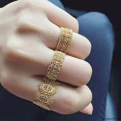 """Find and save images from the """"أناقتك"""" collection by ريومة (Ryoma_Rery) on We Heart It, your everyday app to get lost in what you love. Gold Ring Designs, Gold Bangles Design, Gold Earrings Designs, Gold Jewellery Design, Gold Rings Jewelry, Hand Jewelry, Bridal Jewelry, Arabic Jewelry, Glass Jewelry"""