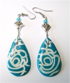 Azure Rose Clay Earrings..free tutorial..This technique makes a really pretty design!!