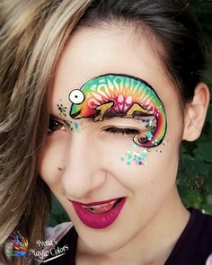 This little Cameleon by Ivona is so cute! Thanks for letting us share your beautiful designs on our IG page! Regrann from… Eye Face Painting, Face Art, Body Painting, Airbrush, Face And Body, Kids And Parenting, Rainbows, Robin, Diy And Crafts