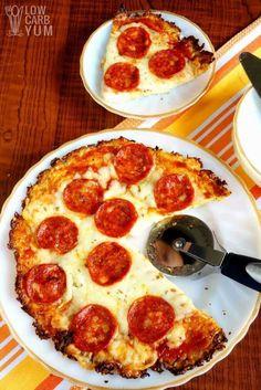 Yummy paleo low carb cauliflower pizza crust recipe