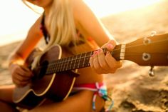 Country tunes on the beach!