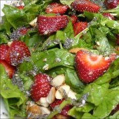Salade aux fraises et aux épinards | Recette | J'aime 5 à 10 portions par jour | AQDFL Healthy Cooking, Healthy Eating, Salad Dressing, Fruit Salad, Entrees, Yummy Food, Yummy Recipes, Recipies, Nutrition