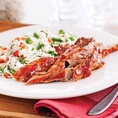 Filets de porc sucrés à la mijoteuse - 5 ingredients 15 minutes Tea Recipes, Chili Recipes, Pork Recipes, Slow Cooker Recipes, Crockpot Recipes, Cooking Recipes, Weeknight Meals, Love Food, Filets