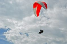 Parapente en Santander Colombia Travel, Fighter Jets, Aircraft, National Parks, Celebs, Aviation, Planes, Airplane, Airplanes