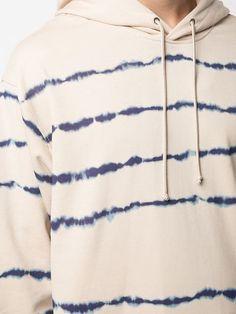 Shop now Phillip Lim tie dye hoodie for at Farfetch UK. Discover emerging and ground-breaking luxury brands. Tie Dye Shirts, Tie Dye Hoodie, Polo Shirts, Unisex Fashion, Kids Fashion, How To Tie Dye, T Shirt Diy, Tye Dye, Long Hoodie