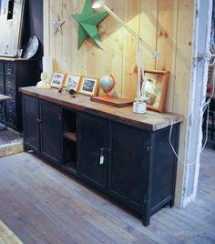 plus de 1000 id es propos de style industriel sur pinterest lampe en tuyau tuyaux et. Black Bedroom Furniture Sets. Home Design Ideas