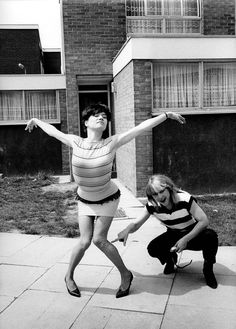 The Mo-dettes and Ramona and Kate in London, 1980, Janette Beckman