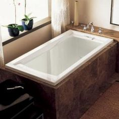 Small Bathroom Design Ideas Recommended For You. Believe or not, small bathroom design ideas can look spacious and practical if you decorate it right. Deep Bathtub, Drop In Bathtub, Deep Soaking Tub, Bathtub Drain, Soaking Bathtubs, Deep Tub, Sunken Bathtub, Big Bathtub, Bathtub Decor