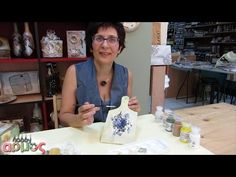 Τεχνική ντεκουπάζ (decoupage) για αρχαρίους - hobbyarmos - YouTube Handmade Home Decor, Handmade Crafts, Diy And Crafts, Decoupage Tutorial, Diy Tutorial, Decoupage Ideas, Bottle Painting, Bottle Art, Christmas Tea Light Holder