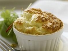Twice-baked goat cheese souffle Baked Goat Cheese, Cheddar Cheese, Cheese Souffle, Venezuelan Food, Souffle Recipes, Eggnog Recipe, Moist Cakes, Fun Desserts, Chocolate Desserts