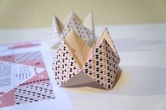 Cartes de voeux, façon cocotte, à imprimer - Vie de Miettes Paper Cards, Diy Paper, Papier Diy, Origami And Kirigami, Free Cards, Diy For Teens, Kids Christmas, Diy Gifts, Cardmaking