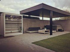 New project finished. #outdoor #design #combi #infrared #sauna #thermalux #buitensauna #infraroodsauna #meerhout overkapping en tuinaanleg door #wimverrezentuinarchitectuur #garden #landscapearchitecture #architecture