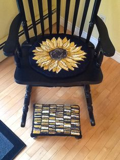 Sunflower Chair proddy sunflowers | hooked rugs and such | pinterest | gardens