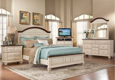 $2300 Claymore Park Off-White 8 Pc King Panel Bedroom from King ...