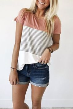 Here is the simple t-shirt for you. Featuring round neck, short sleeves, stripe pattern and stitching design. Wear this day and night is ok. Perfect with pants and casual shorts.