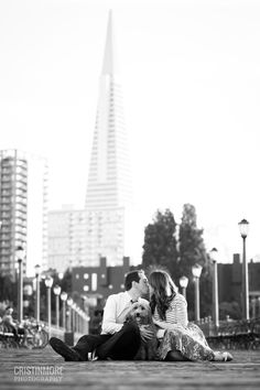 San Francisco Couples Session- TransAmerica Building | Cristin More Photography