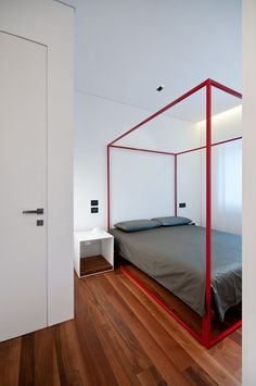 Iron House! by Filippo Bombace Architect