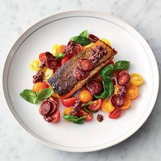 A great easy fish recipe from Jamie Oliver that will make weeknight meals super-speedy. Crispy chorizo, ripe cherry tomatoes and beautiful pan-fried salmon. Easy Fish Recipes, Salmon Recipes, Seafood Recipes, Dinner Recipes, Cooking Recipes, Healthy Recipes, Healthy Food, Chorizo, Jamie Oliver 5 Ingredients