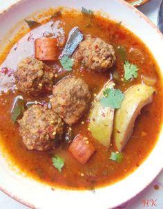Albondigas en Caldillo de Jitomate y Chile Guajillo (Meatballs in a Tomato Chile Broth) HispanicKitchen.com