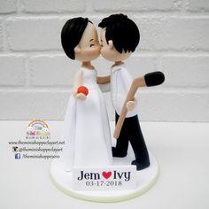 POLYMER CLAY  Customized Wedding Cake Topper Wedding Season, Wedding Day, Wedding Gifts, Wedding Cakes, Polymer Clay Cake, Yosemite Wedding, Custom Wedding Cake Toppers, Clay Art, Wedding Themes