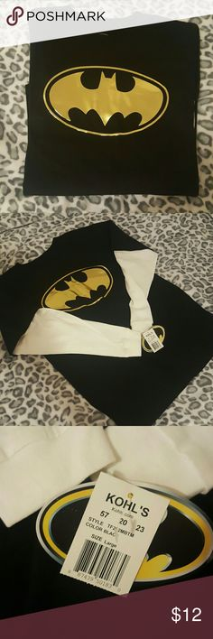 🚨flash sale🚨NWT!💖Batman Foil Long Sleeve (Kids) NWT BATMAN kids large long sleeve tee shirt. Could be unisex but with the gold seems girly to me 😊make an offer!✌ Shirts & Tops Tees - Long Sleeve