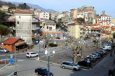 Piazza principale di Oliveto Citra