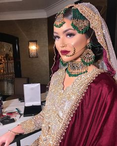 bridal jewelry for the radiant bride Pakistani Bridal Jewelry, Pakistani Wedding Dresses, Indian Bridal, Desi Wedding Dresses, Asian Wedding Dress, Asian Bridal Makeup, Bridal Hair And Makeup, Indian Wedding Makeup, Indian Makeup