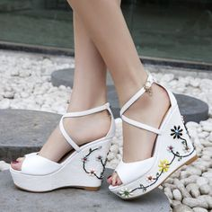 Shoespie Cross Strap Embellished Wedge Sandals
