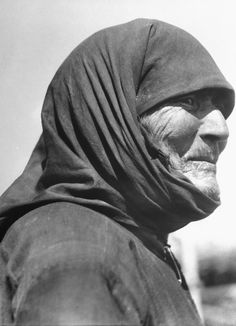 Some of legendary LIFE photographer Margaret Bourke-White's most stirring pictures, from Liberty Island to the gates of Buchenwald. Fort Peck Dam, Margaret Bourke White, Joseph Stalin, Great Aunt, The Old Days, Life Pictures, Female Photographers, Picture Collection, Life Magazine
