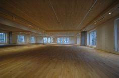 flow 60 Event Location - Eventlocation in Zollikerberg Hardwood Floors, Flooring, Loft, Wood Floor Tiles, Wood Flooring, Lofts, Floor, Attic Rooms, Attic