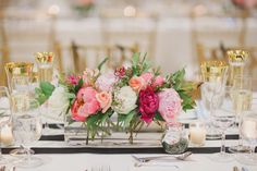 Head table coral and pink centerpiece