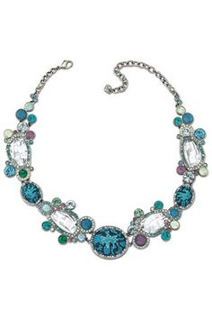 How to choose statement jewellery
