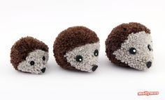 Free instructions to make pom pom hedgehogs