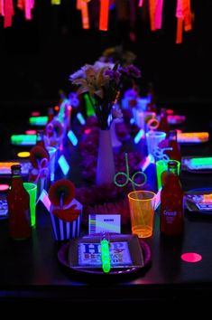 Neon Glow In The Dark Teen Birthday Party {Dance, Girl, Decor, Ideas} : Glow party Involve glow paint! :) my friends an I would like a part with this theme 13th Birthday Parties, Birthday Party For Teens, Teen Birthday, 11th Birthday, Birthday Party Themes, Indoor Birthday, Summer Birthday, Birthday Ideas, Sixteenth Birthday