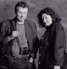 Maarten en Evelyne tijdens De Nacht van de Poëzie in 1996. (foto Michael Kooren)