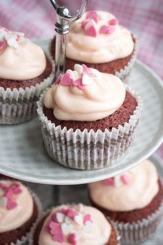Rezept für leckere Pink Velvet Cupcakes