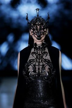 Jakarta Fashion Week 2014 Tex Saverio EXOSKELETON