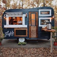 caravan design 358528820336046696 - Cute little Cafe! Shop Espresso👉 Link in Bio 📷by Source by maximemarshall Design Food, Food Truck Design, Foodtrucks Ideas, Mobile Coffee Shop, Mobile Coffee Cart, Mobile Food Cart, Mobile Food Trucks, Coffee Food Truck, Deco Cafe