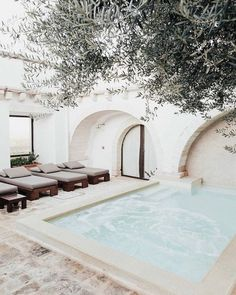 Living Room Ideas Throws pillows candles baskets are great items for winter decor. Exterior Design, Interior And Exterior, Bungalow, Mediterranean Decor, House Goals, Mykonos, My Dream Home, Future House, Sweet Home