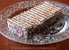 dobos de biscuiti Romanian Desserts, Romanian Food, Romanian Recipes, Good Food, Yummy Food, Tasty, Delicious Deserts, Sweet Tarts, Pinterest Recipes