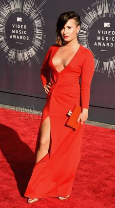 demi lovato mtv video music awards vmas 2014 red carpet