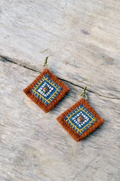 Blue beige and orange woolen and linen textile earrings by Mioltu, €20.00