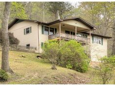 491 Courtney Dr, Hendersonville, NC 28792. $199,900, Listing # 3169525. See homes for sale information, school districts, neighborhoods in Hendersonville.