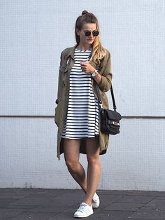 http://doctorsfashiondiary.jimdo.com/2016/06/13/p-a-t-c-h-e-s-p-a-r-k-e-r/  Parker with Patches and Stripes